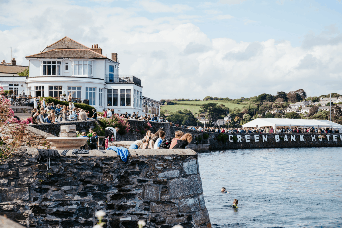 the-working-boat-pub-falmouth-sea-shanty-festival-2019-highlights-cornwall-5