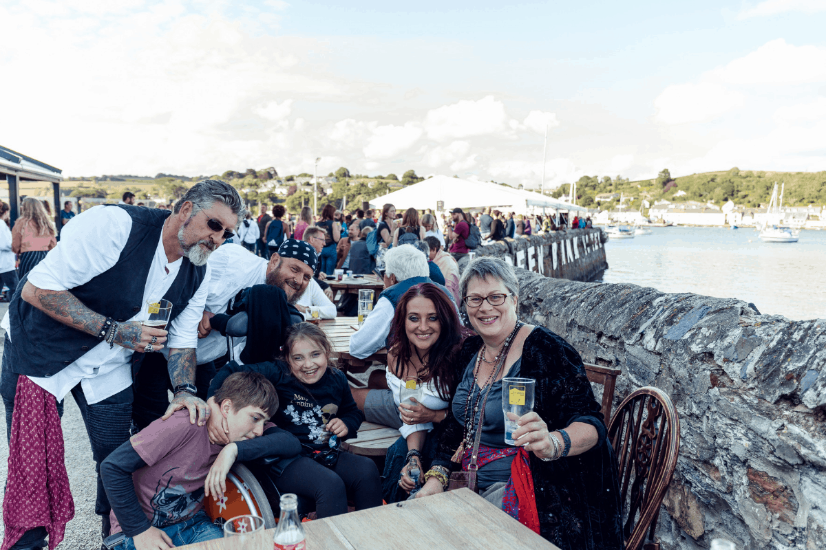 the-working-boat-pub-falmouth-sea-shanty-festival-2019-highlights-cornwall-37