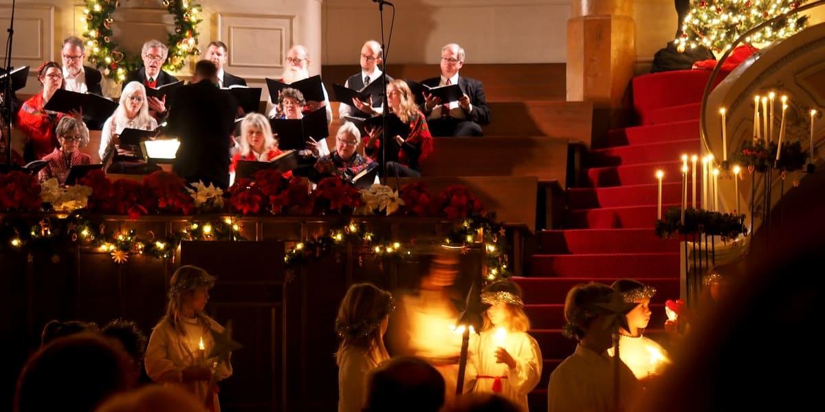 christmas-choir-carols-the-working-boat-falmouth-cornwall
