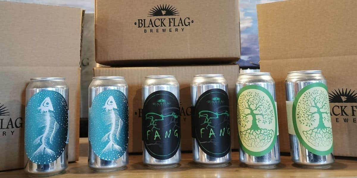 the-best-breweries-to-visit-in-cornwall-the-working-boat-perranporth-black-flag-brewery